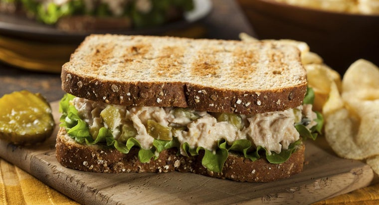 How Many Calories Does a Typical Tuna Sandwich Have?