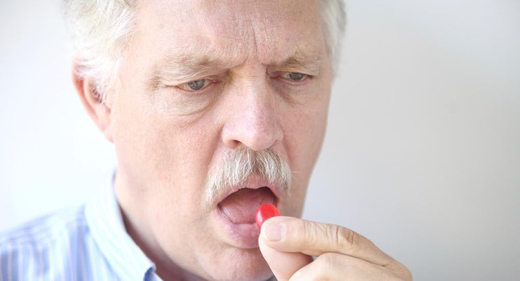 How Is Oral Thrush Treated in Adults?