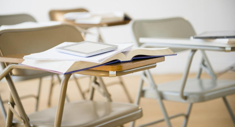 How Do You Find Secondhand School Furniture?