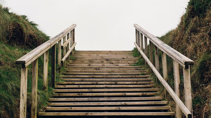 What Are Some Tips for Building Outdoor Wood Steps?