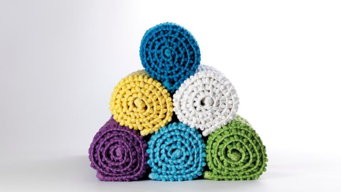 What Are Some Unique Bathroom Rugs?