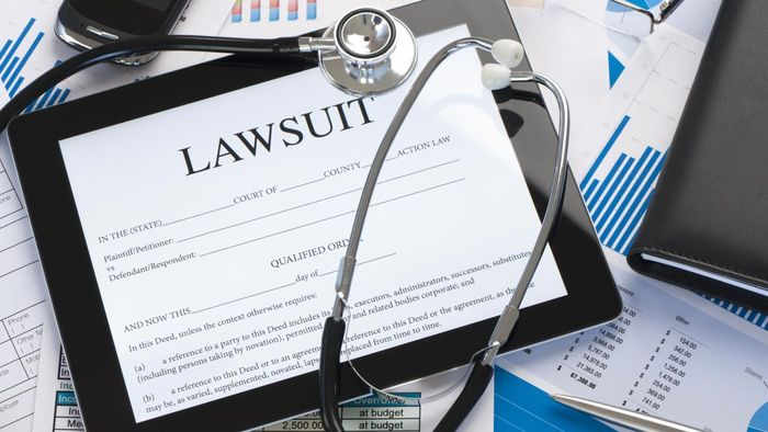 Why Do People File Lawsuits Against Doctors After a Mesh Hernia Repair?