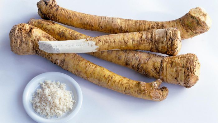 What Are Some Easy Recipes for Horseradish Sauce?