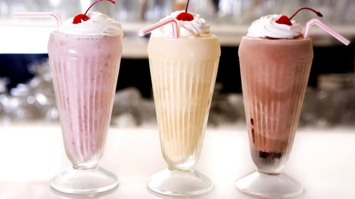 What Are Some Easy Recipes for Milkshakes?