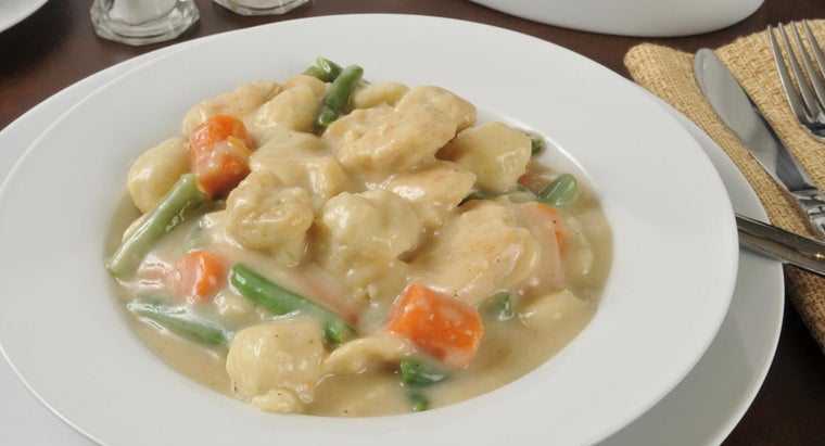 What Is a Basic Recipe for Chicken and Dumplings?