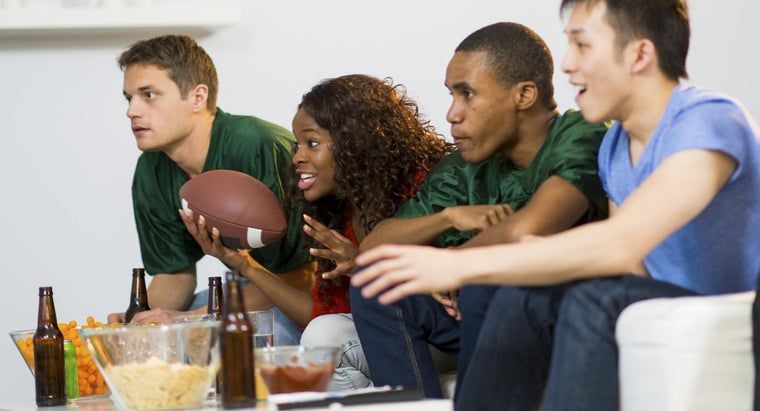 What Are Some Good Super Bowl Party Ideas?