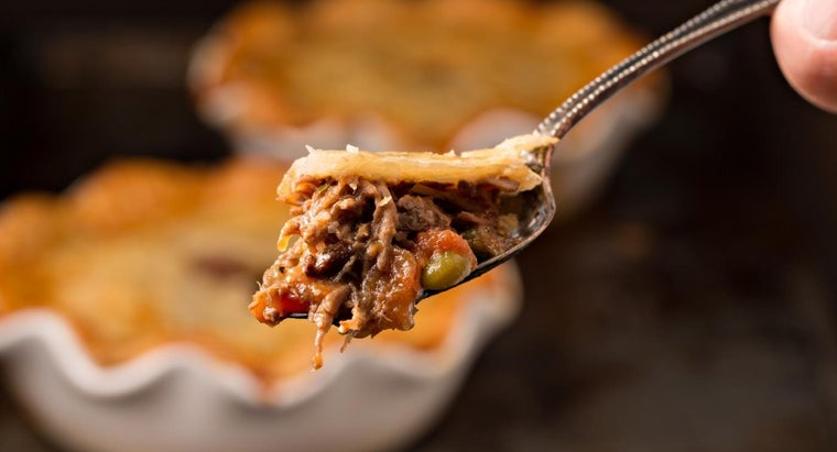 How Many Ingredients Are in Beef Pot Pie?