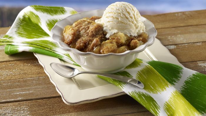What Is an Easy Apple Cobbler Recipe?