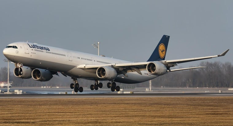 What Terminal Does Lufthansa Use at JFK Airport?