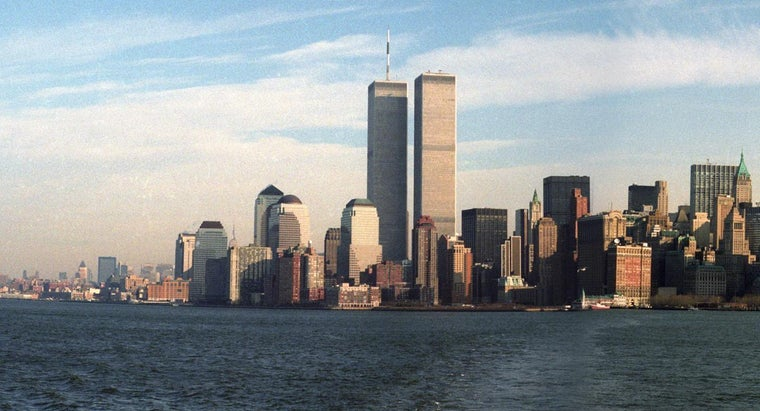 What Are Some Facts About the Twin Towers?