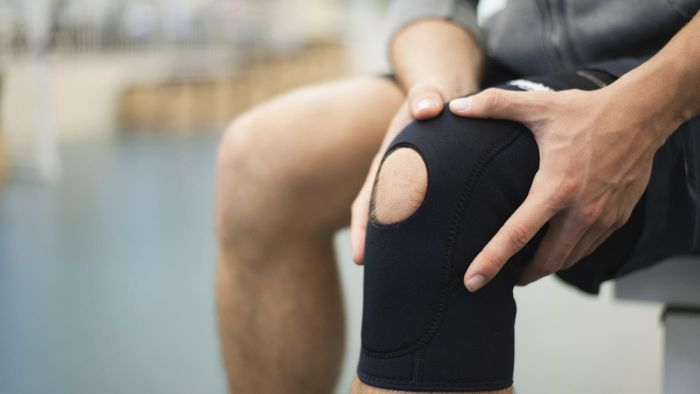 What Are Treatment Options for Knee Sprain?