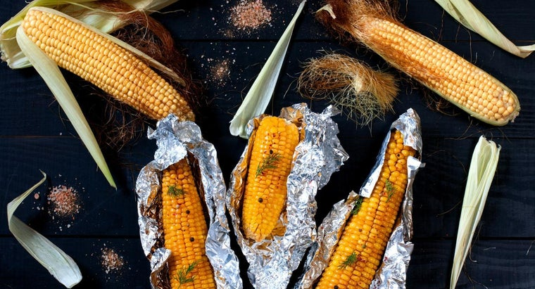 How Do You Grill Corn on the Cob in Aluminum Foil?