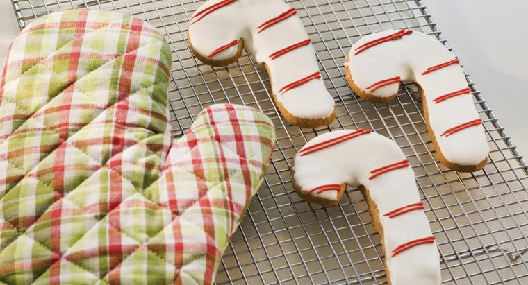 What Are Some Good Candy Cane Cookie Recipes?