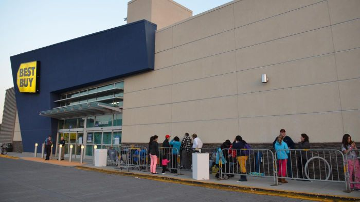 Who Opened the First Best Buy Store?