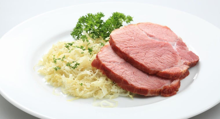 What Are Some Good Pork and Sauerkraut Recipes?