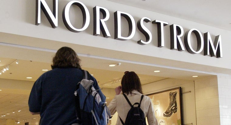 What Are the Differences Between Nordstrom and Nordstrom Rack Outlets?