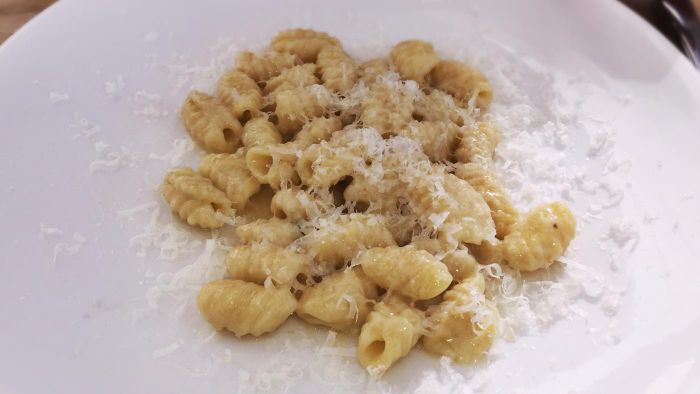 What Are the Main Ingredients of Orecchiette Pasta?