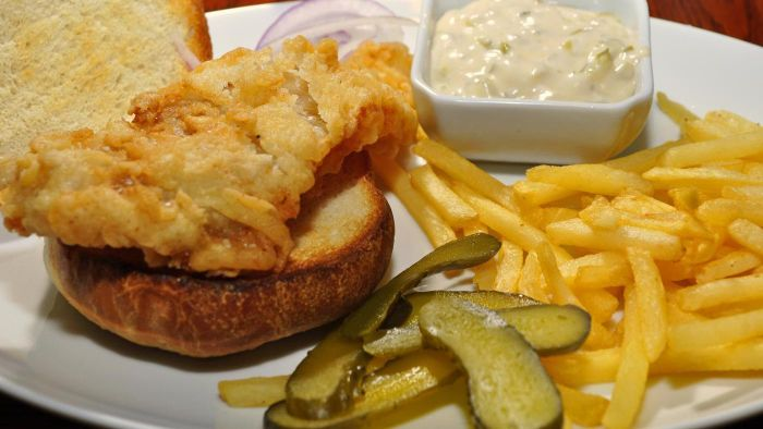What is a basic recipe for tartar sauce?
