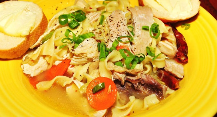 What Is a Simple Chicken Egg Noodle Recipe?
