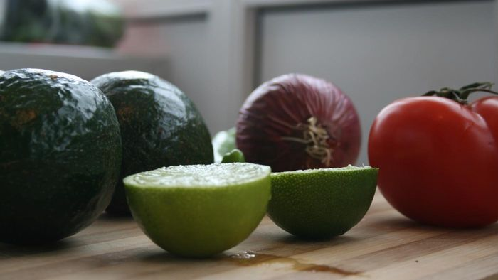 What ingredients make the best guacamole?