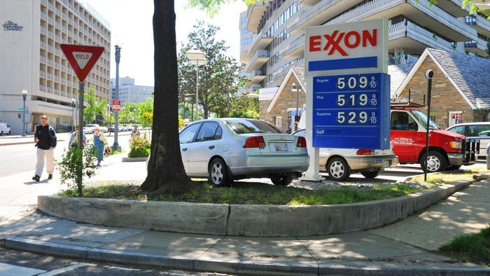 How Can You Find Nearby Exxon or Mobil Gas Stations?