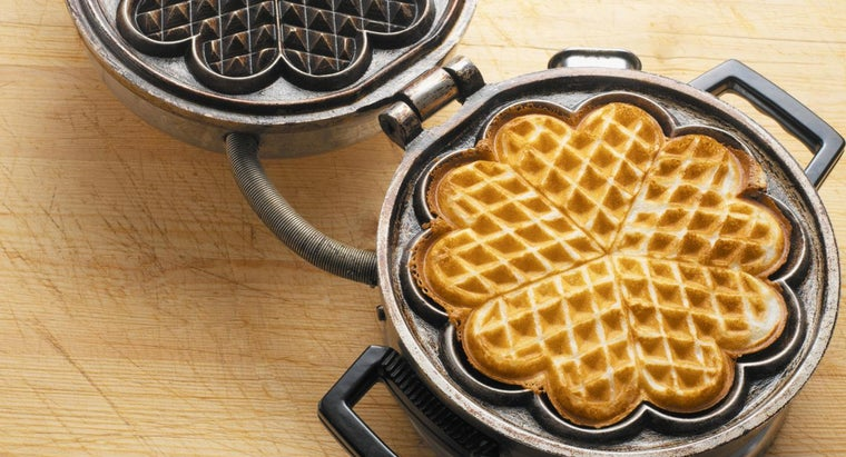 Are All Vintage Waffle Irons Electric?