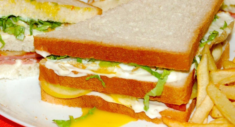 What Is an Easy Egg Sandwich Recipe?