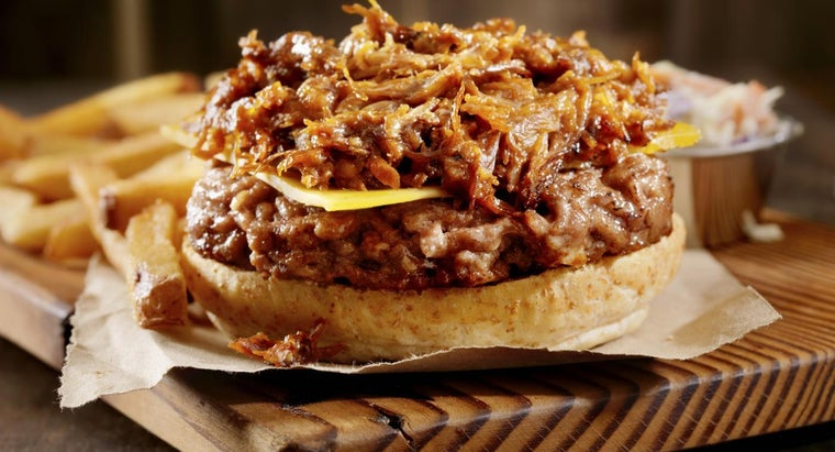 What Is Paula Dean's Recipe for Pulled Pork?