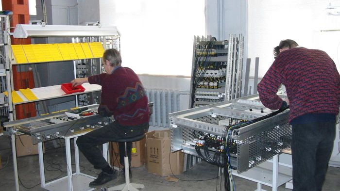 What Do You Use a Conduit Bending Table For?