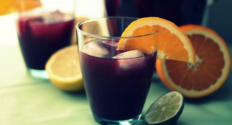 What Is an Easy Recipe for Sangria Punch?