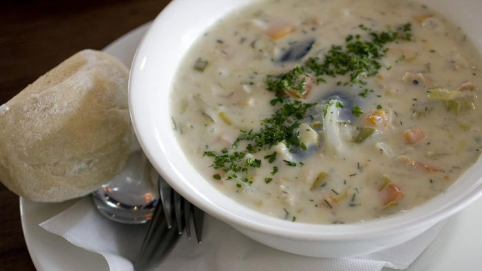 What are some recipes for seafood chowder?