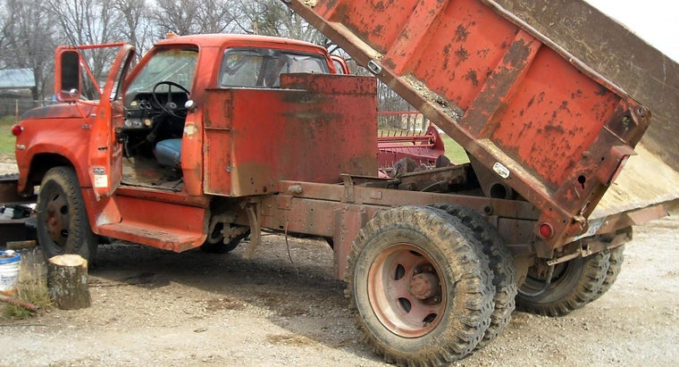 Which Stores Have Dump Trucks for Sale?