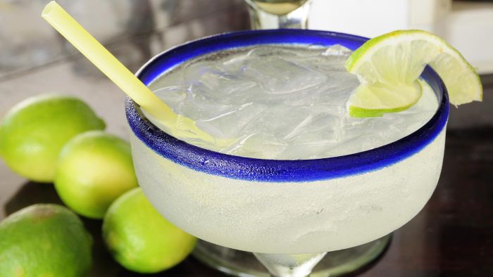 What is a simple margarita recipe?