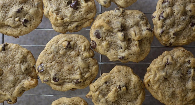 What Is Paula Deen's Recipe for Chocolate Chip Cookies?