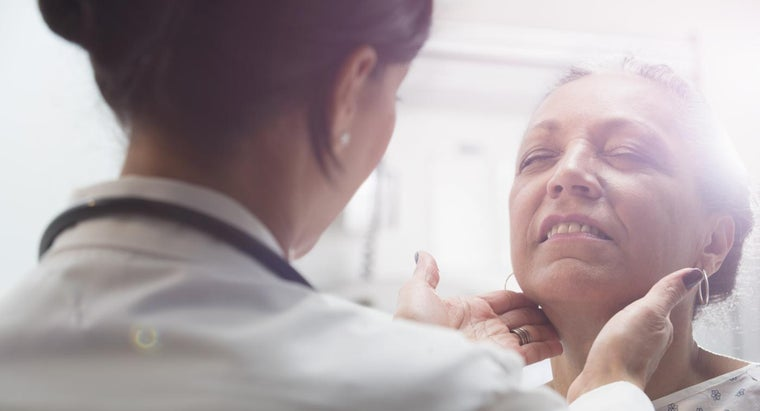 What Are the Early Signs of Tongue Cancer?
