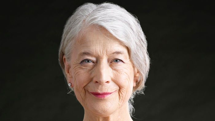 What Are the Best Hair Cuts and Styles for Women Over Age 60?