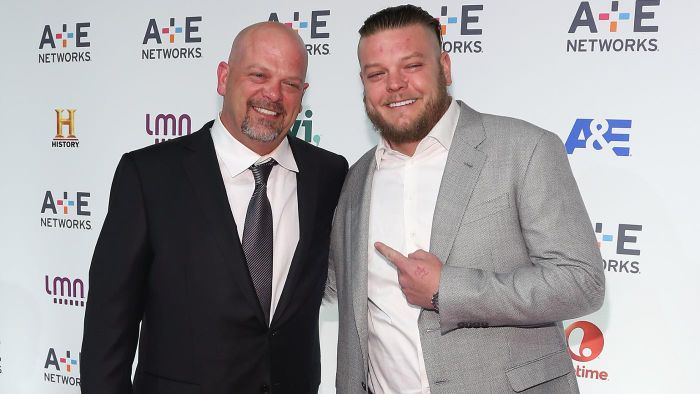 Is There a Way for Fans to Contact Corey Harrison?