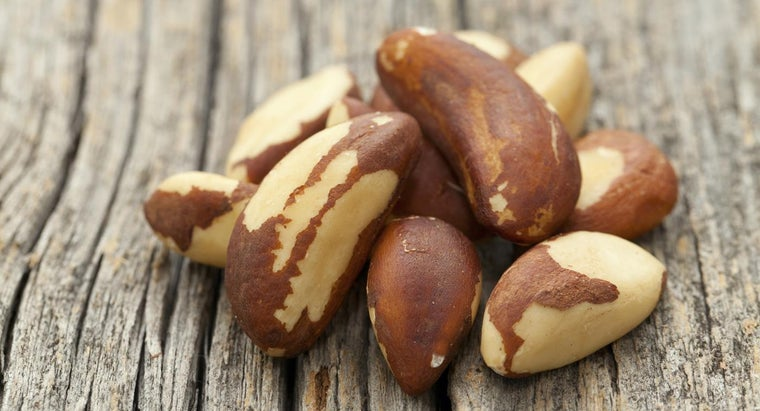 What Are Some Health Benefits of Brazil Nuts?