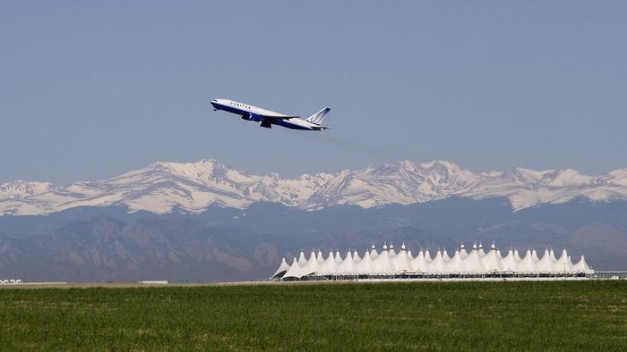 What Are Some of the Cheapest Parking Lots for the Denver International Airport?