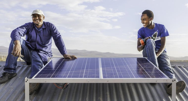 Who Sells Complete Off-Grid Solar Power Systems Online?