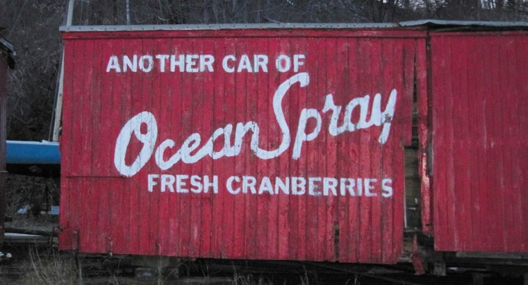 What Is a Good Recipe That Uses Ocean Spray Cranberries?