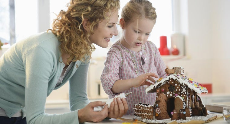 How Do You Use Gingerbread House Patterns?