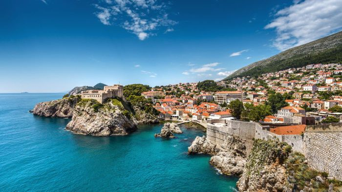 Where Can You View a Map of Croatia?