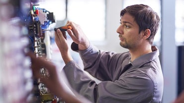 What Is the Average Base Salary for an Electrical Engineer?