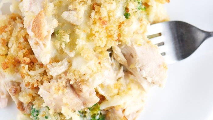 How Do You Make Stuffing and Chicken Casserole?