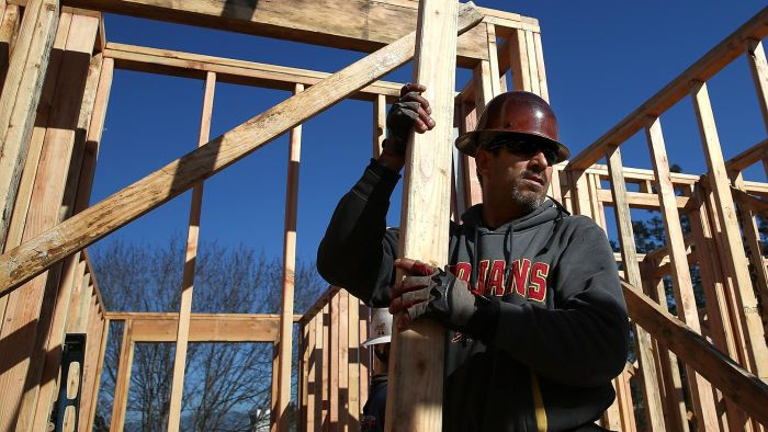 How Do You Calculate the Costs to Build a New House?