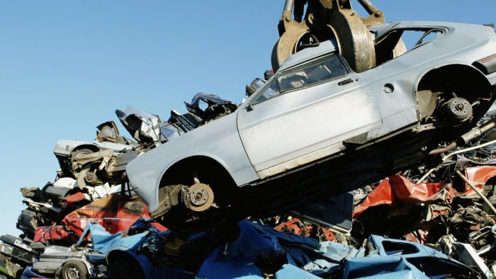 What is a Pick Your Part junkyard?