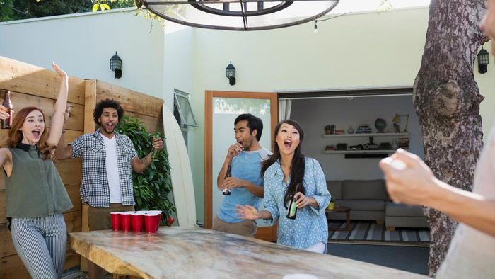 What Are Some Large Party Game Ideas for Adults?