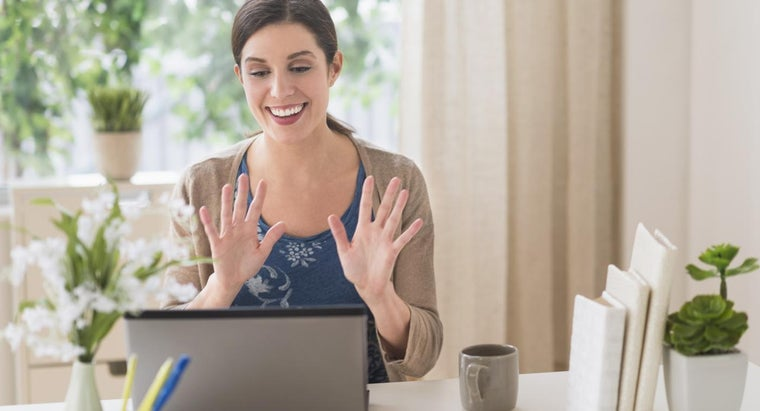 How Do You Create a Live Web Chat?