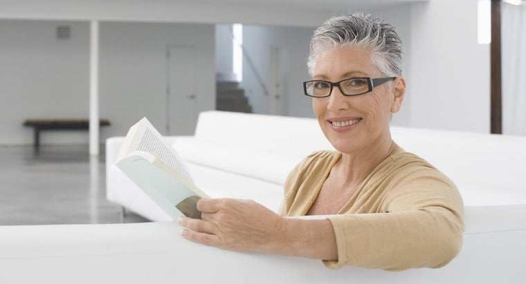 What Should You Look for in an Apartment for Seniors 55 Years and Older?
